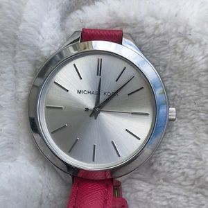 MICHAEL KORS LARGE FACE WATCH PINK LEATHER STRAP